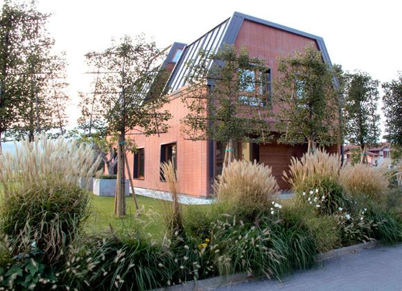 La tua casa ecologica costruita insieme noisposi for Progetta la tua casa virtuale